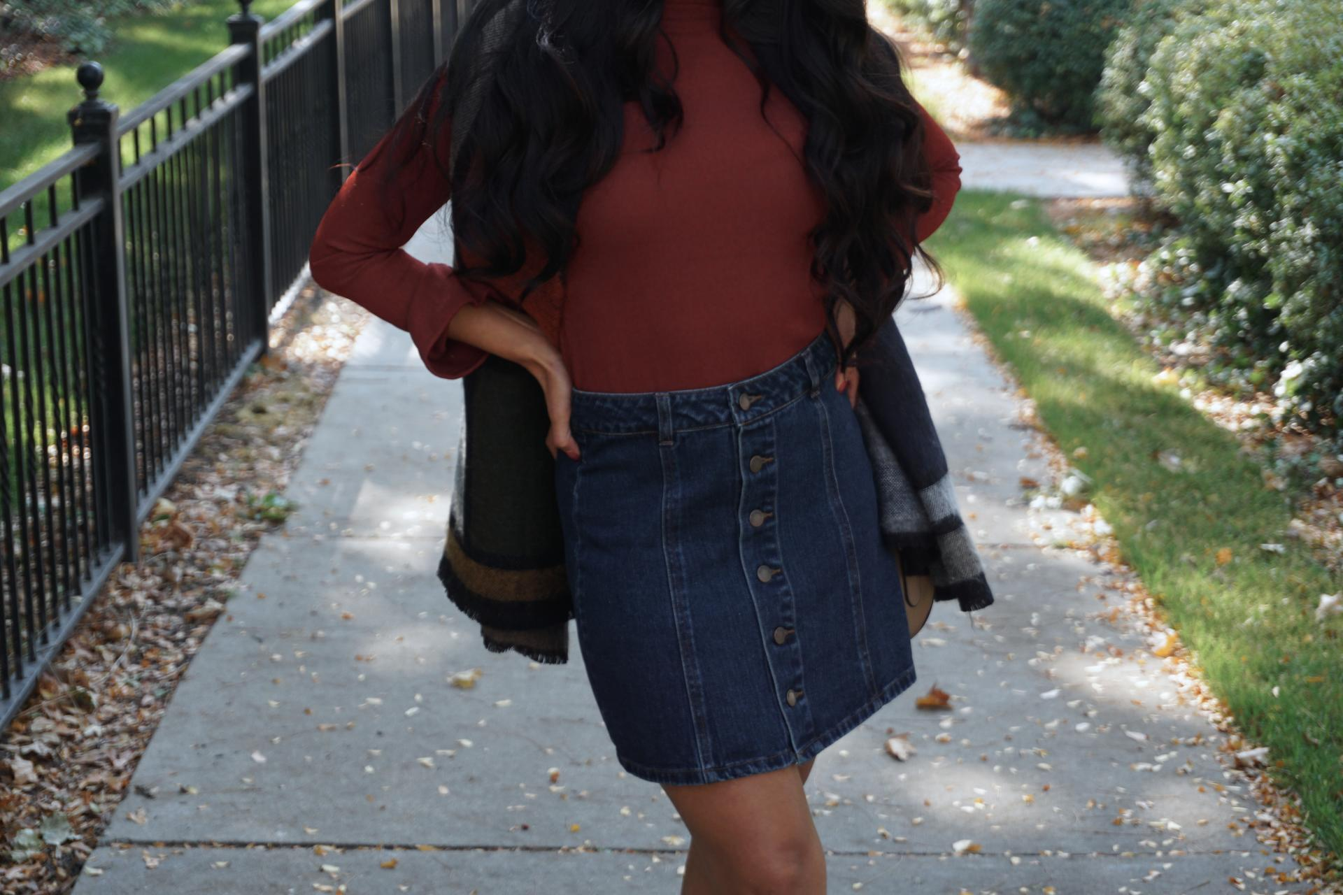70's outfit, 70s look, A-Line Denim Skirt,