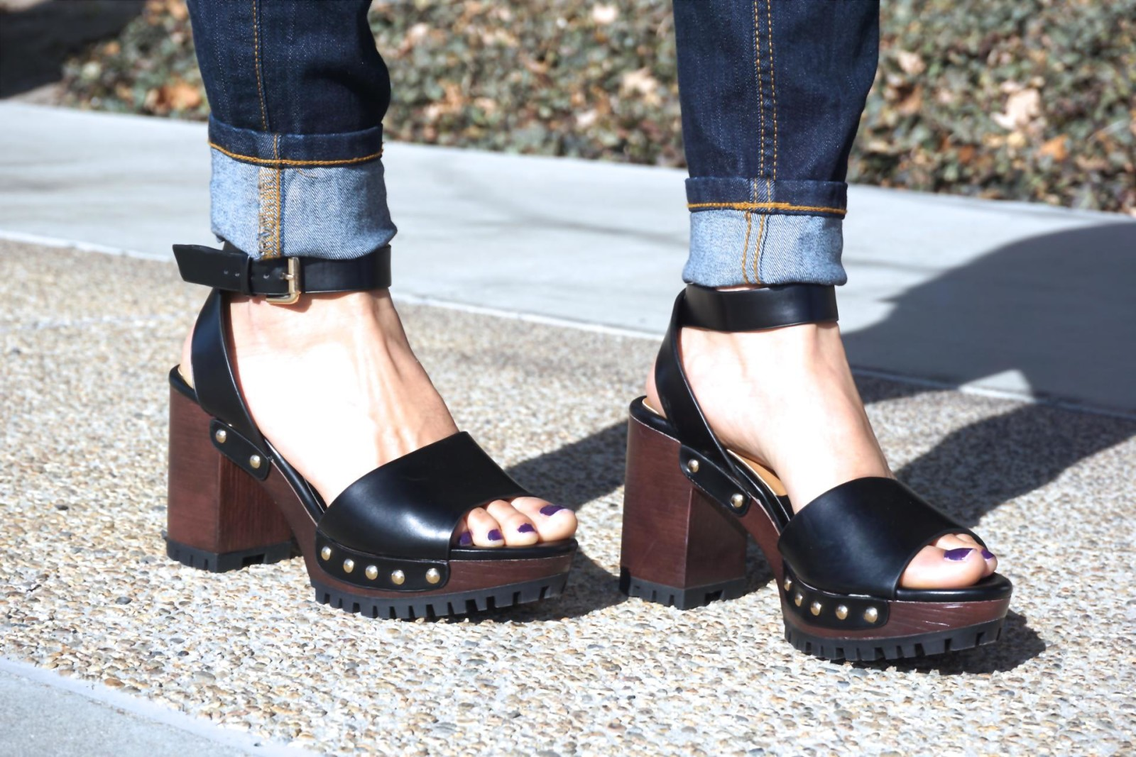 Zara Shoes, Sandals with Ankle strap and track sole, Black sandals, Spring shoes, Dark denim, cuffed jeans